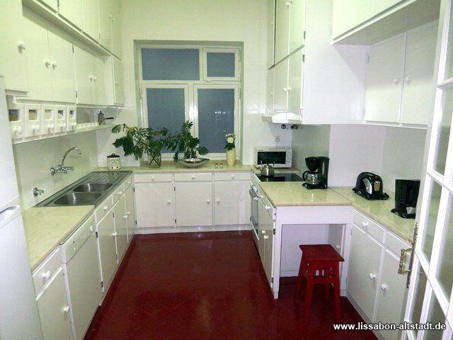 Kleiner Kühlschrank Mit Gefrierfach Real : Lissabon altstadt liebevolle ferienwohnungen apartments